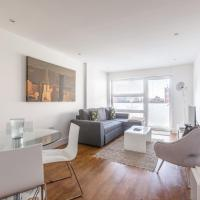 Luxury 2-Bed Flat w Parking