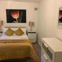 Self-Contained Apartment Greenock, hotel in Greenock