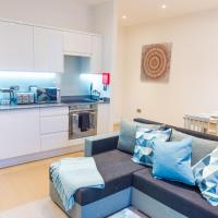Absolute Stays on Grosvenor - Close to London - Near Luton Airport - St Albans Abbey Train Station - St Albans Cathedral - Harry Potter World - Free WiFi - Contractors - Corporate