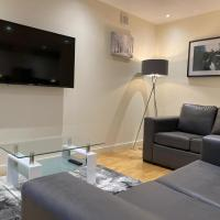 AMAZING 2 Bed/2Bathroom LUXURY Apartment!!