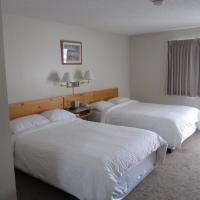 Fireweed Motel, hotel em Smithers