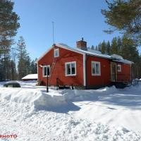 Fully equipped house surrounded of lakes., hotel in Moskosel