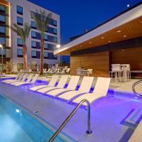 Home2 Las Vegas Convention Center