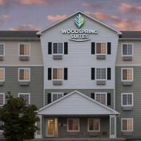 WoodSpring Suites Champaign near University, hotel in Champaign