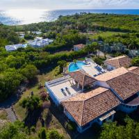 Cascades - Large villa with tennis court and pool