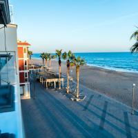Hauzify I Apartaments Grup Claustre, hotel en Torredembarra