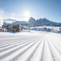 Sporthotel Sonne, hotel en Alpe di Siusi