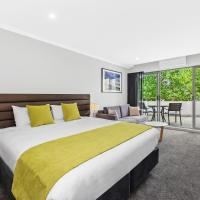Palm Court Motor Inn, hotel in Port Macquarie