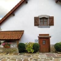 Casa Rural ERTEIKOA - Selva de Irati, hótel í Aria
