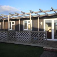 34H Medmerry Park 2 Bedroom Chalet Family Friendly - No Manual Workers Allowed