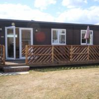 41B Medmerry Park 2 Bedroom Chalet - No Manual Workers Allowed