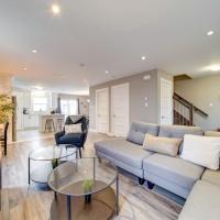 Luxurious New 3BD Townhouse, Parking , Coffee, 2 Bathrooms, hotel em Halifax