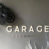 Garage con camere, hotell i Pieve di Soligo