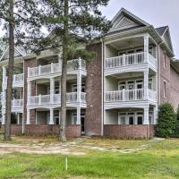 Anderson Creek Resort Condo on Golf Course with Pool, hotel in Spring Lake
