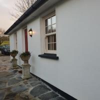 Kiltoy Gate Lodge Quaint Cosy 2 bedroomed Cottage