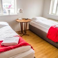 Guesthouse Sunnuhóll, hótel í Vestmannaeyjum