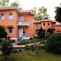 Meghauli Wildlife resort, hôtel à Chitwan