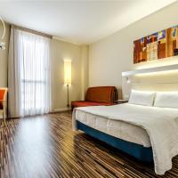Hotel YIT Ciudad De Zaragoza, hotel en Zaragoza