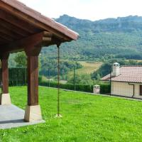 House with 5 bedrooms in Dorrao with wonderful mountain view enclosed garden and WiFi