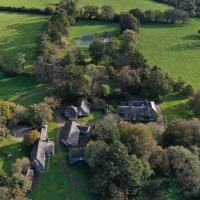 Manor and Farm House Sleeps 25