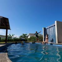 2 Comfortable New Villas Near Pacific, Private Pool with Waterfall