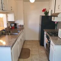 Perfect Burbank Apartment Comfortable Stay, hotel perto de Aeroporto de Hollywood Burbank - BUR, Burbank
