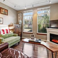 Artsy Cottage on Capitol Hill, hotel in Capitol Hill, Seattle