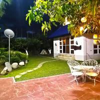 "Your Private FARMHOUSE ""Family and Couple's Getaway"", hotel sa La Paz"