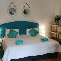 a Vue Guesthouse, hotel in Somerset West