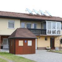 Apartma Vila Zigmund, hotel in Cerknica