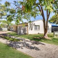 Andergrove Home with Leafy View, Wi-fi & Netflix, hotel em Andergrove