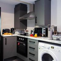 Fabulous Newly Refurbished Apartment - Great Links, hotel Buryben