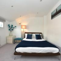 Luxury 3 Bedroom House by Victoria Station