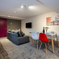 Spacious Renovated 2 Bed Apartment - sleeps 6