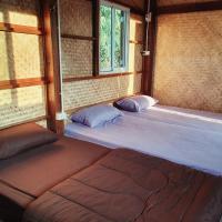 บ้านยลญภา Yonyapa's Home, hotel in Pua