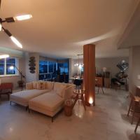 Luxuoso apto entre o Leblon e a Lagoa com vaga, hotel in Gavea, Rio de Janeiro