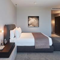 Eos by SkyCity, hotel em Adelaide