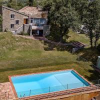 Rustic Mansion in San Baudilio de Llusanés near Forest, hotel en Sant Boi de Lluçanès