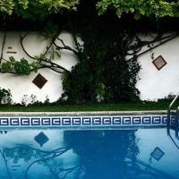 Villa Albaida, hotel en La Zubia