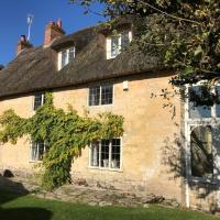 Bay Tree Cottage, hotel in Marnhull