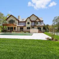 Villa Vildan - Luxury with pool, hotel in Water Mill
