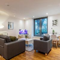 OnPoint Apartments - SUPER 2 Bedroom Apartment With Parking - City Centre!