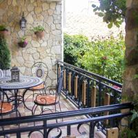 House with 6 bedrooms in Abejar with enclosed garden and WiFi, hotel en Abejar