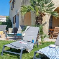 spacious apartment olivier private garden shared heated swimming pool, hôtel à Calvi près de: Aéroport de Calvi - Sainte-Catherine - CLY