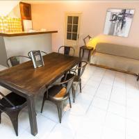 Apartment figuier private garden barbecue shared swiming pool, hôtel à Calvi près de: Aéroport de Calvi - Sainte-Catherine - CLY