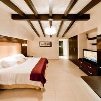 The Beach House, hotel in Panama City