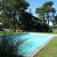 Villa Revello - Luxury with pool, hotel in Southampton