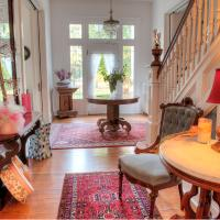 The Jackie O' House Bed and Breakfast