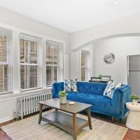 Prime Location! Easy Transport Loyola University, hotel in Rogers Park, Chicago