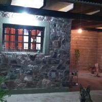 Casa de piedra, hotel en La Granja
